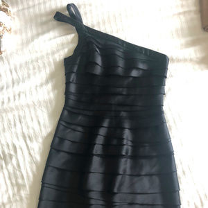 BCBG One Shoulder Tiered Black Cocktail Dress Sz4
